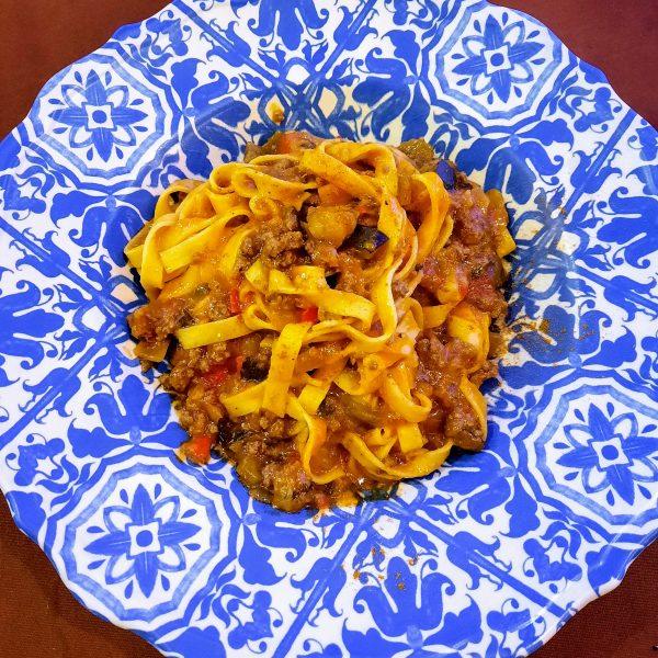 Tagliatelle en salsa boloñesa