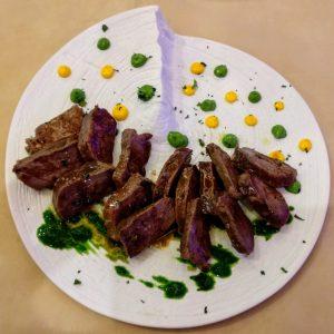Tataki de carne madurada marinada